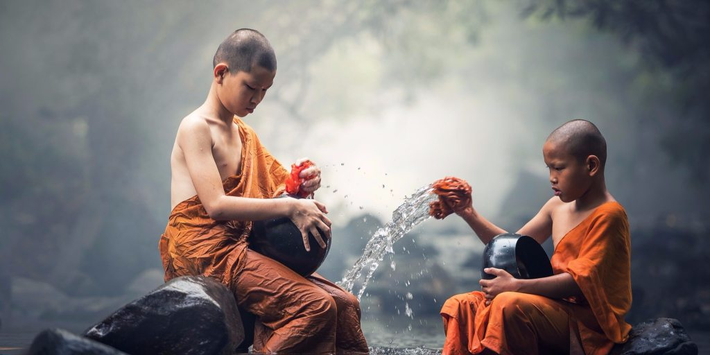 4 Buddhist Monk Habits That Are Hard to Adopt But Will Benefit You Forever