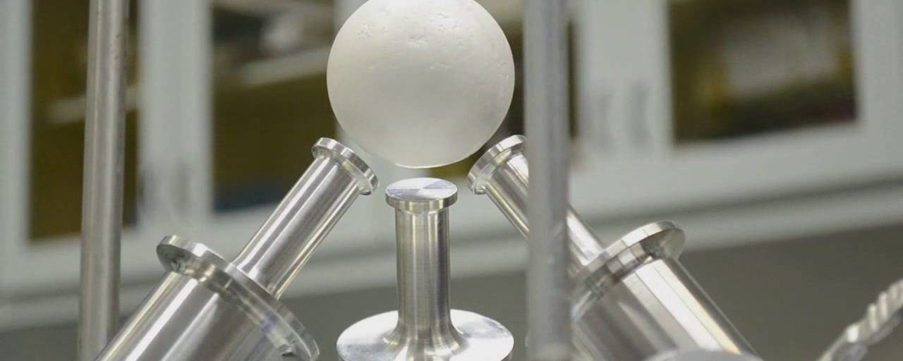 Physicists Successfully Levitated a Golf Ball Sized Object Using Nothing But High Frequency Sound Waves